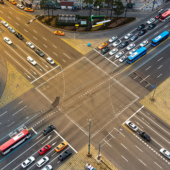 How adaptive preemption is used to address congested intersections